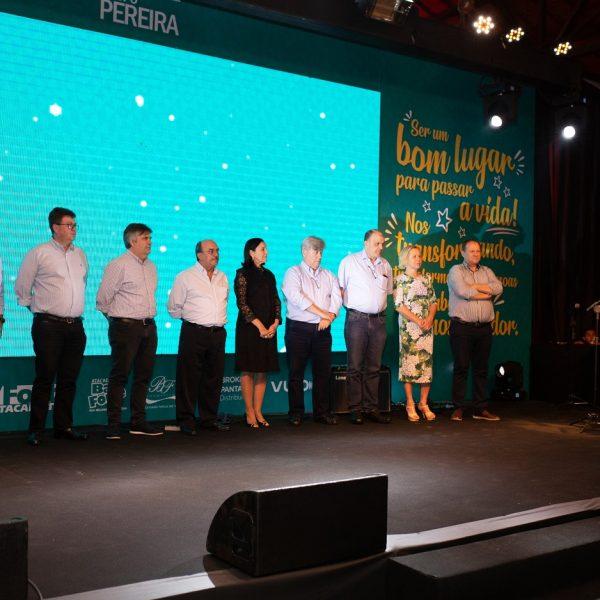 Pratas da Casa homenageia funcionários do Grupo Pereira
