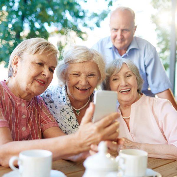 Sindicato quer facilitar acesso à internet aos idosos